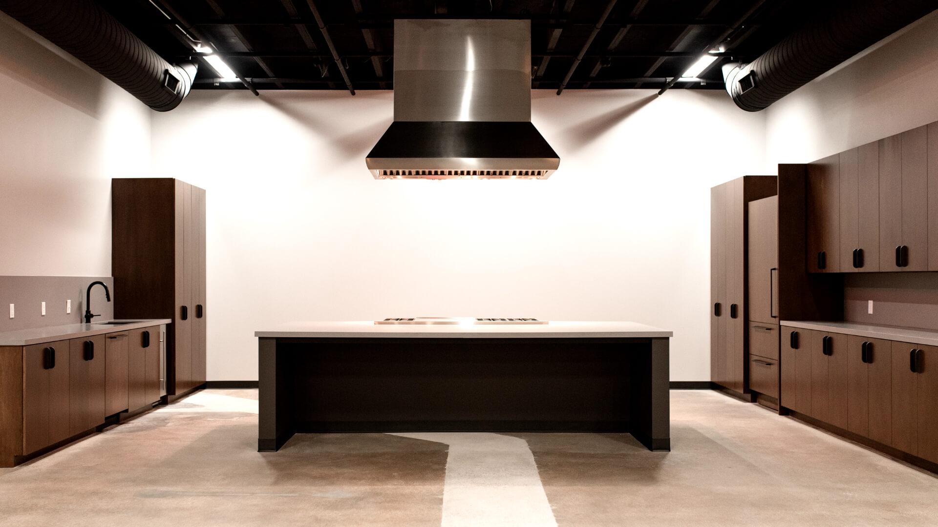 Lowtown-Studios--Kitchen-Rental--Front